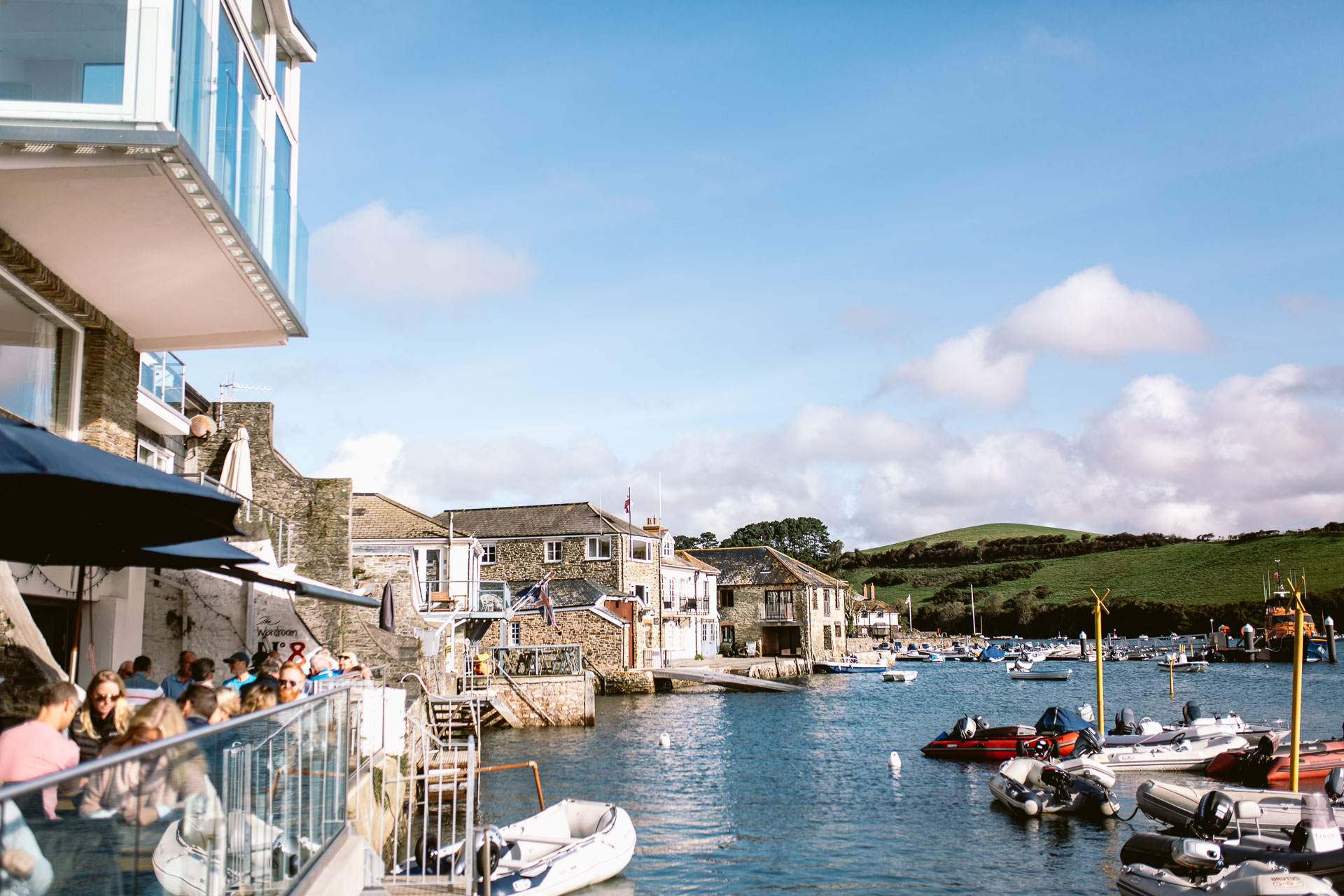 vie to the harbour in salcombe harbour hotel wedding
